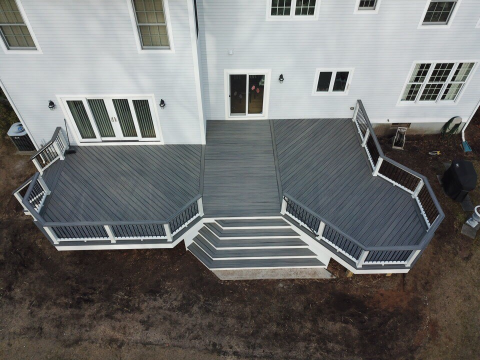 Trex Deck With Stairs & Railing